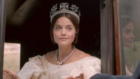 Victoria - Masterpiece -- S1: Critics React