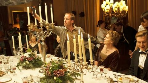 Downton Abbey - Masterpiece -- S3: Behind-the-Scenes of Dining at Downton