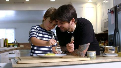 The Mind of a Chef -- Bonus: Ludo and Luca Make an Omelet