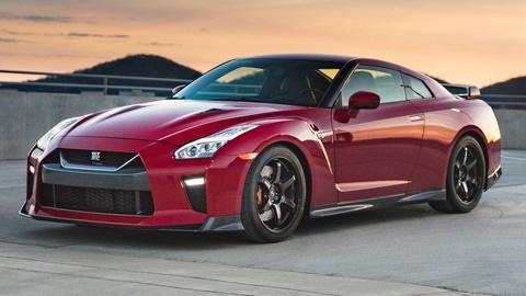 S36 E30: 2017 Nissan GT-R Track Edition & 2017 Honda CR-V