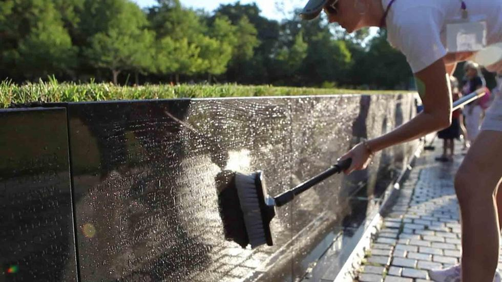 S2011: Fathers Day at the Vietnam Veterans Memorial Wall image