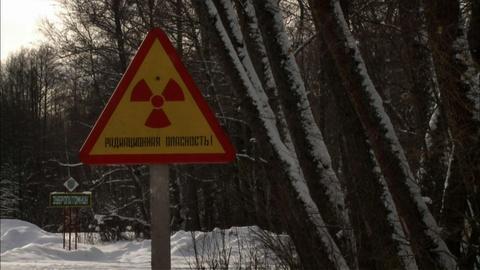 S30 E1: Radioactive Wolves