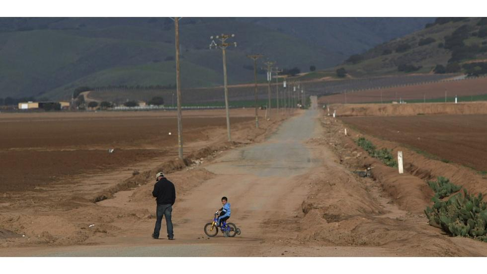 Taking on poverty in Salinas image