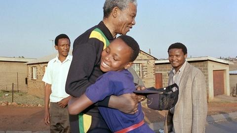 PBS NewsHour -- Why the world aspires to live up to legacy left by Mandela