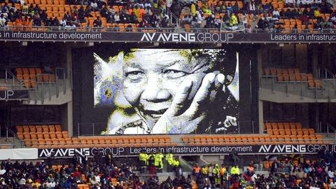 PBS NewsHour -- World leaders join South Africans to memorialize Mandela