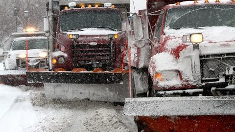 PBS NewsHour -- News Wrap: First major snowstorm of 2014 shuts down cities