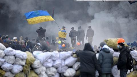 PBS NewsHour -- Opposition leaders rebuff Ukraine president's olive branch