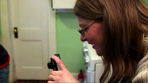 PBS NewsHour -- Colo. women take aim at hunger with their cameras