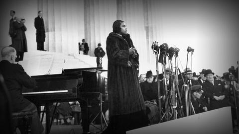 PBS NewsHour -- Echoes from Marian Anderson's defiant performance