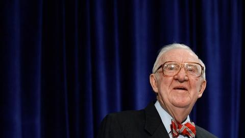 PBS NewsHour -- How retired Justice Stevens would change the constitution