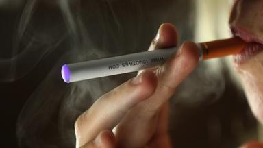 FDA cracks down on 'wild west' of e-cigarettes