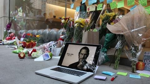 PBS NewsHour -- Apple grapples with life after Steve Jobs