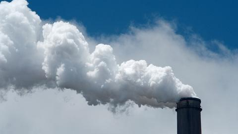 PBS NewsHour -- In coal states, Democrats seek distance from emissions plan