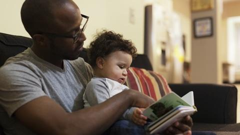 PBS NewsHour -- Report: Reading to young children benefits brain development