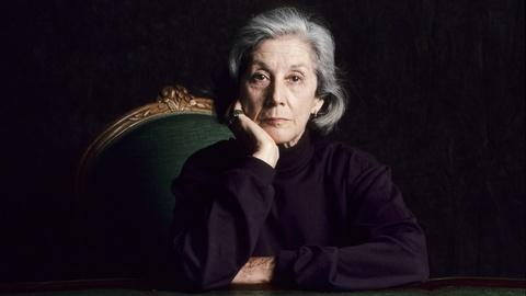 PBS NewsHour -- Remembering writer and activist Nadine Gordimer