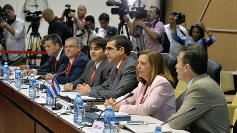 PBS NewsHour -- Facing resistance from Capitol Hill, U.S. opens Cuba talks