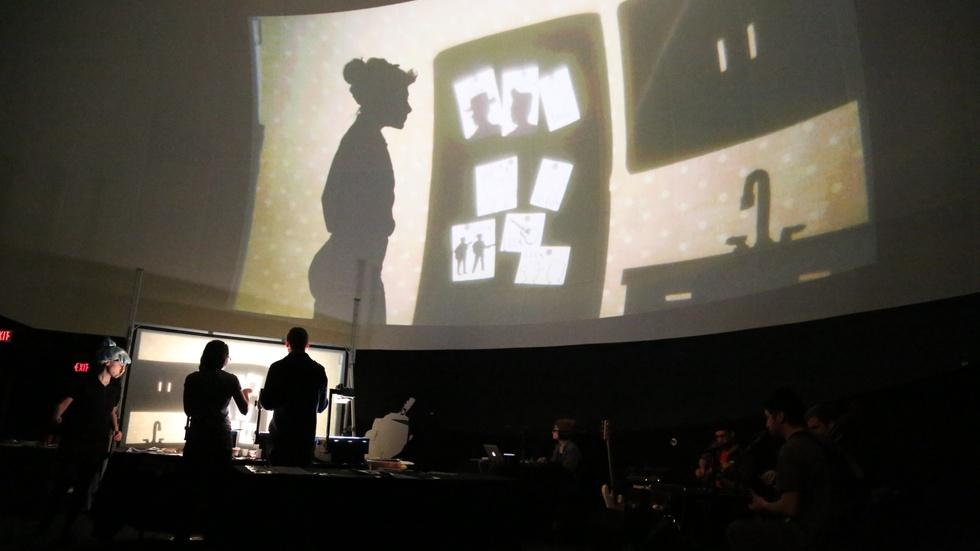 Creating live cinema with puppets and shadow image