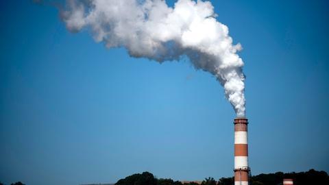 PBS NewsHour -- Supreme Court tests EPA's limits on mercury air pollution