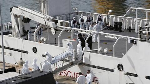 PBS NewsHour -- EU calls crisis meeting over growing migrant deaths at sea
