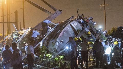 PBS NewsHour -- Philadelphia Mayor Nutter on derailed train rescue efforts