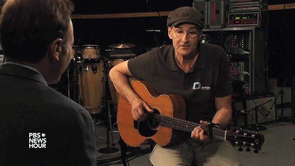 James Taylor sings 'Shower the People' image