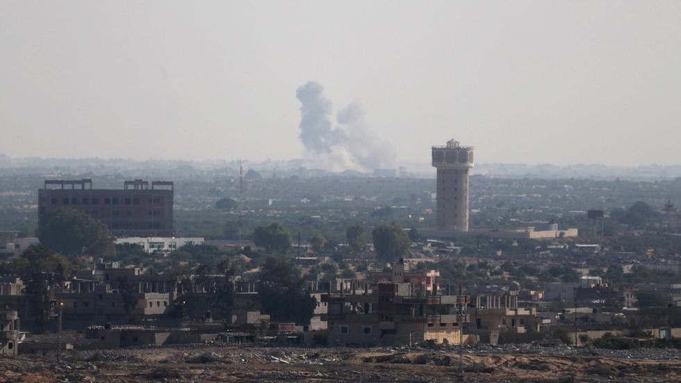 IS militants launch coordinated assault on Egyptian forces image