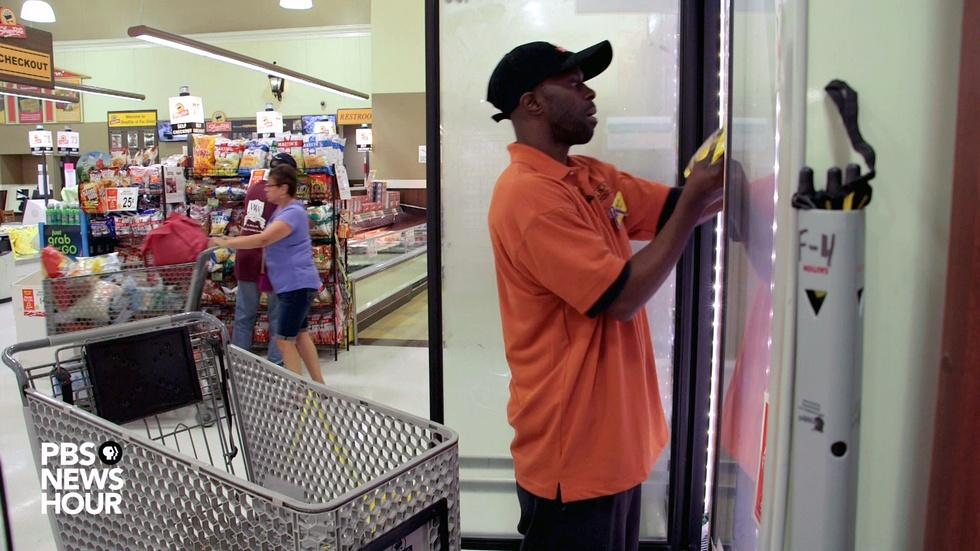 How a grocery store job turned a former inmate's life around image