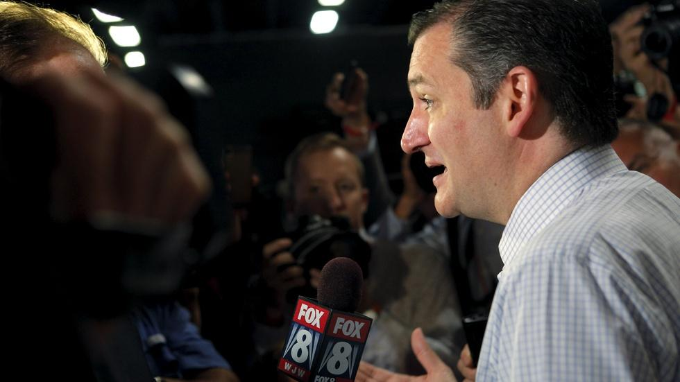 GOP candidates prepare to stand out in crowded debate image