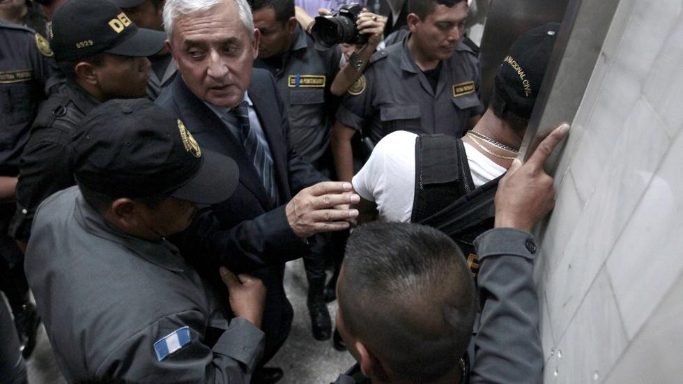 Why Guatemalans rose up against government corruption image