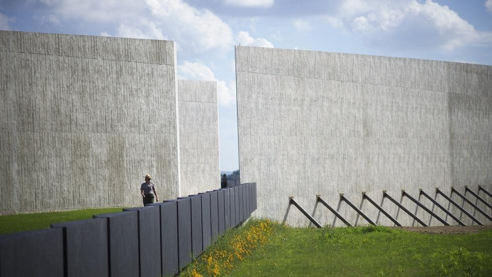 Memorial marks the impact of Flight 93's lost heroes image