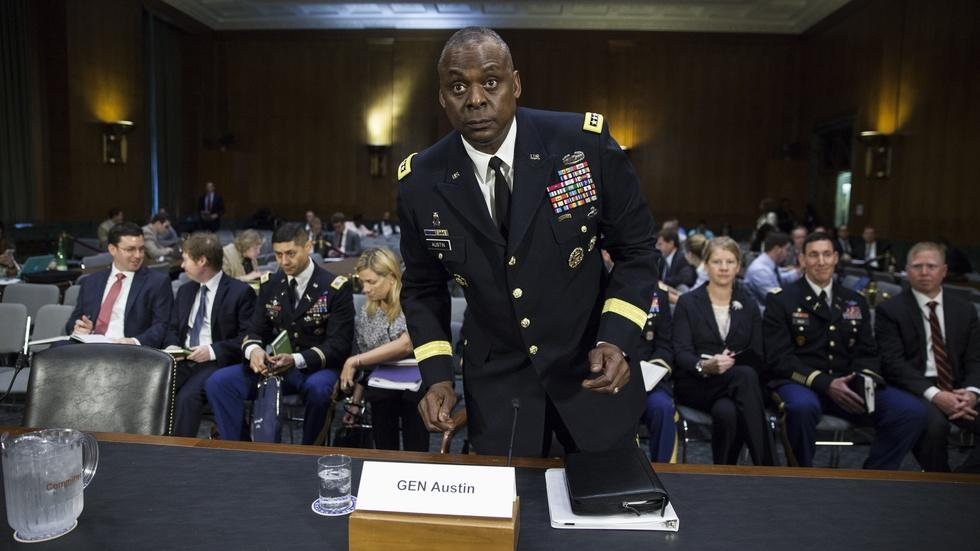 Did U.S. intelligence officers downplay IS reports? image
