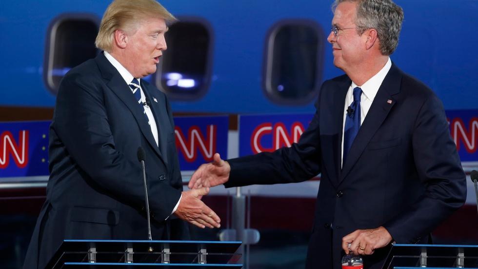 At GOP debate, targeting Trump and trying to break through image