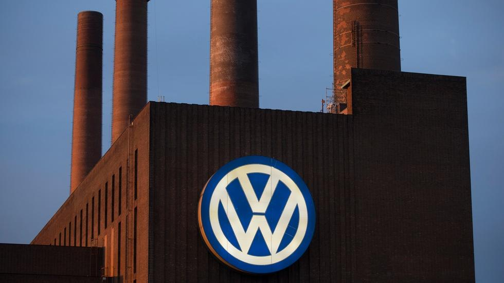 Volkswagen comes clean on emissions cheating image