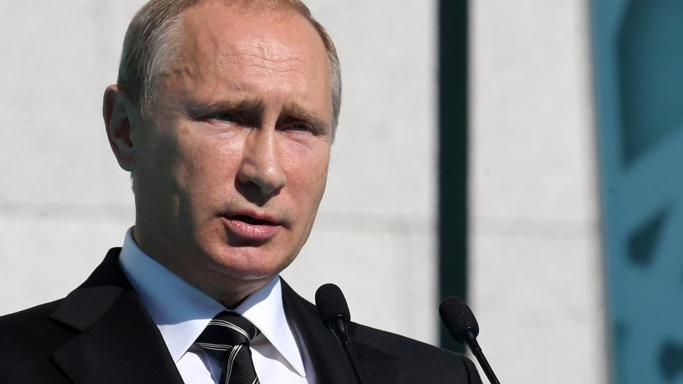 Why Putin is prepared to fight for Ukraine image