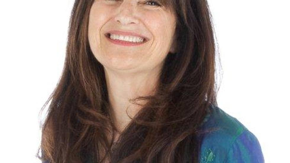 Back in the kitchen, Ruth Reichl tastes lifesaving comfort image