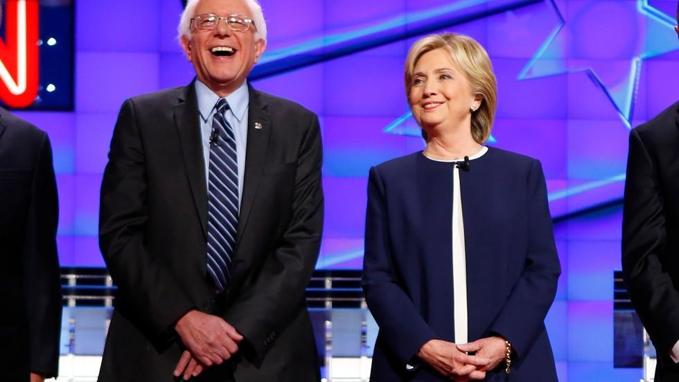 Clinton and Sanders dominate policy-deep Democratic debate image