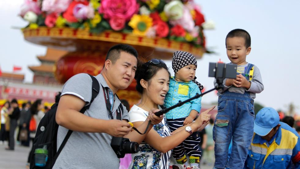 Under new policy, will Chinese families want a second child? image