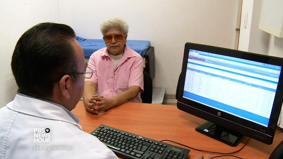 Mexico's sugar clinics help patients control diabetes image