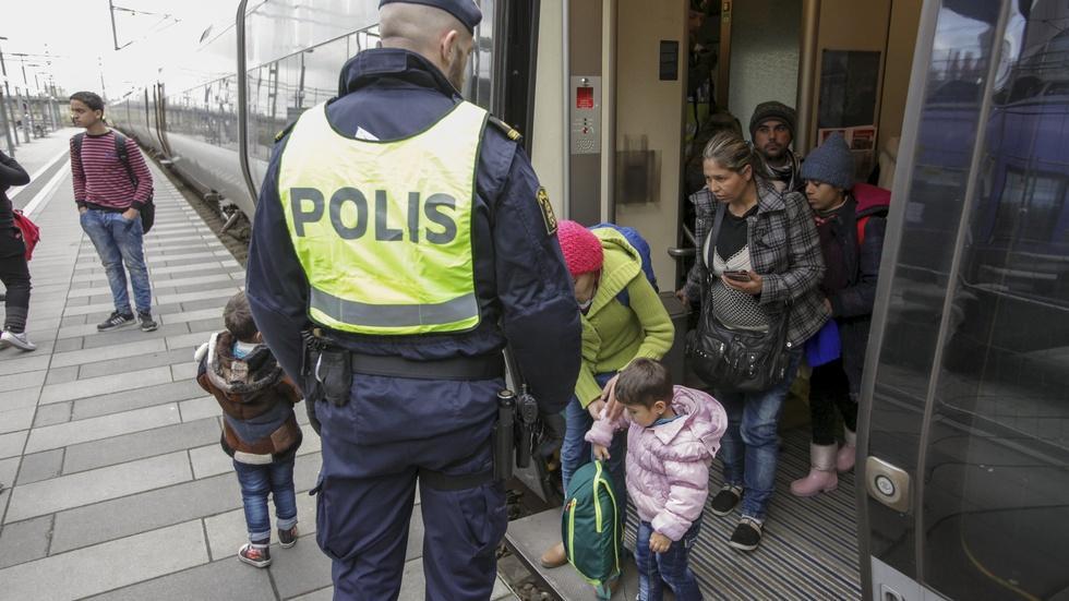 Feeling burden, Sweden imposes border controls image