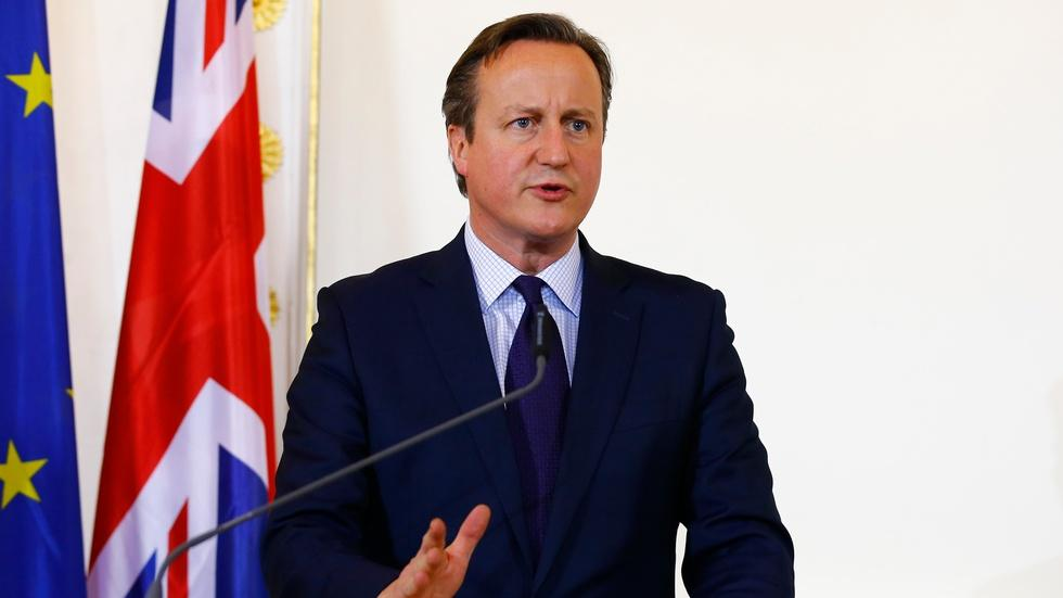News Wrap: David Cameron calls for airstrikes in Syria image