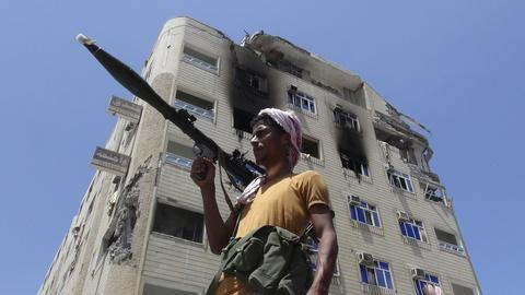 PBS NewsHour -- Fragile Yemen peace efforts affect the fight against ISIS