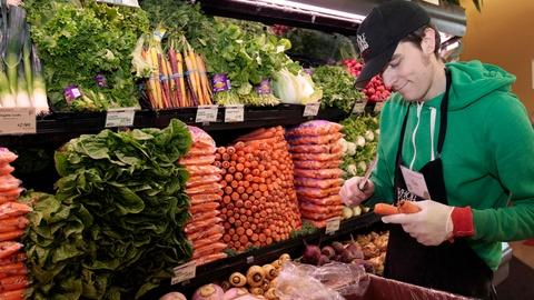 PBS NewsHour -- Why we shouldn't let the food industry dictate our diets