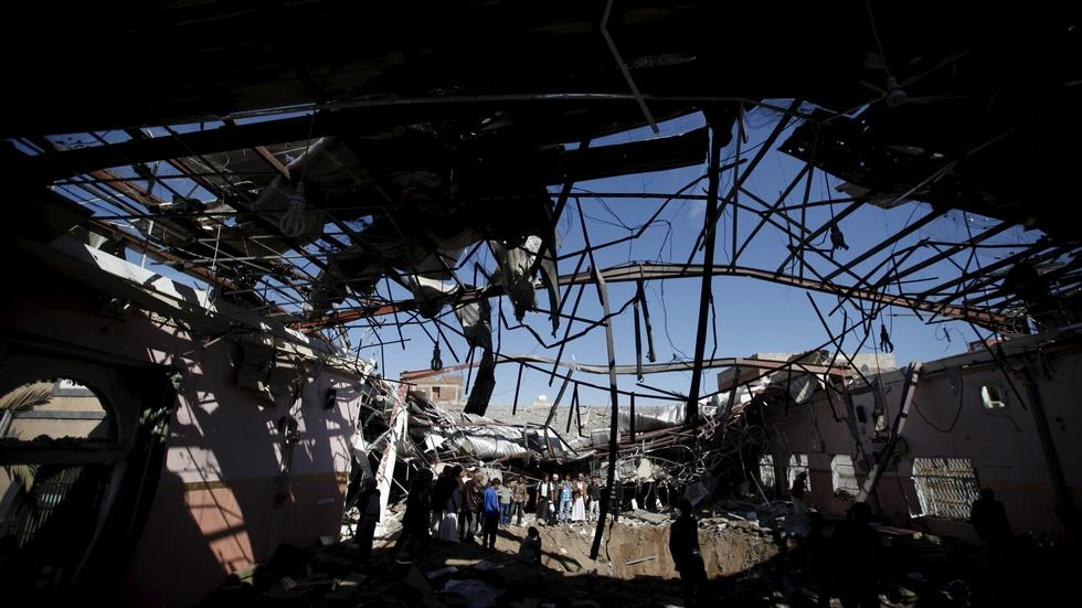 News Wrap: Yemen fighting ramps up after shaky truce ends image