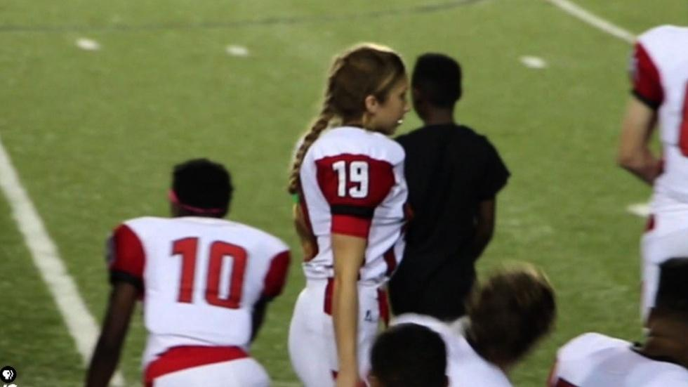 Girl on the gridiron changes how her team sees gender image
