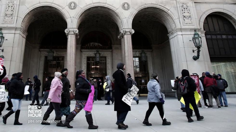 Why Detroit's teachers are 'sick' of inadequate schools image