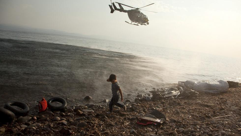 NATO and EU step up refugee rescue efforts in Aegean Sea image