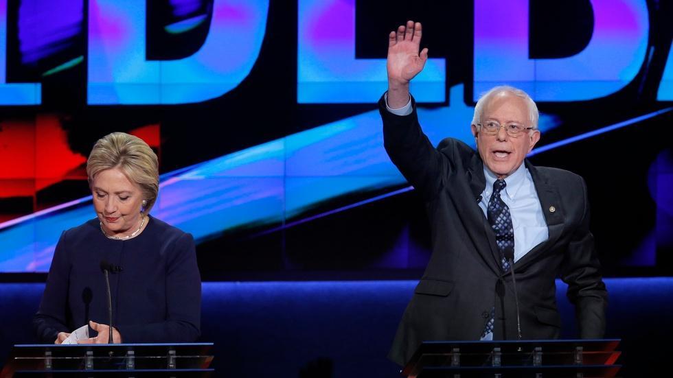 Eyes on Democratic debate after Sanders triumphs in Michigan image