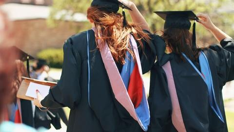 PBS NewsHour -- What motivates low-income high schoolers to go to college?