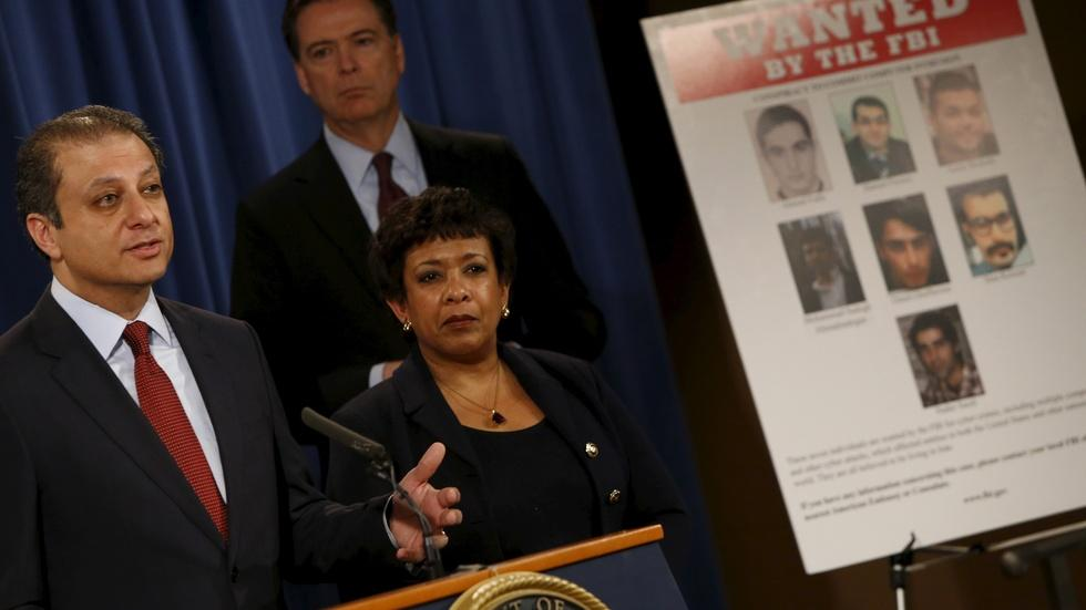 News Wrap: U.S. indicts 7 hackers for attacks on banks image