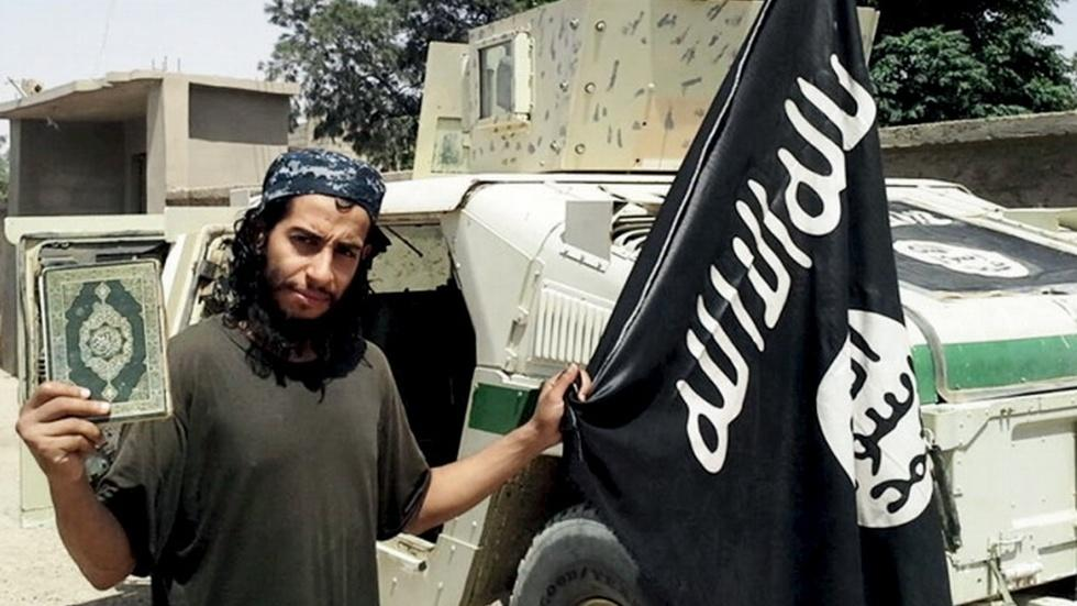 Are foreign recruits causing ideological rifts in ISIS? image